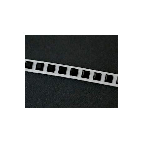 Galon Crystaltex Swarovski thermocollant 62020 3mm JET x 20cm