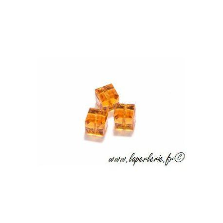 Cube 5601 6mm TOPAZ