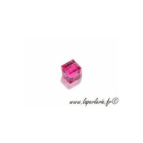 Cube 5601 8mm FUCHSIA