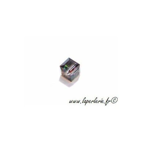 Cube 5601 8mm CRYSTAL VITRAIL MEDIUM