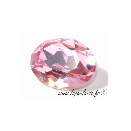 Cabochon ovale 4120 18X13mm LIGHT ROSE