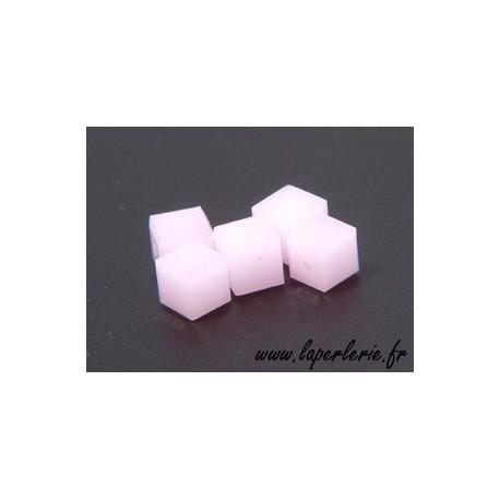 Cubo 5601 4mm ROSE ALABASTER x8