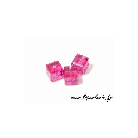 Cubo 5601 4mm FUCHSIA x8