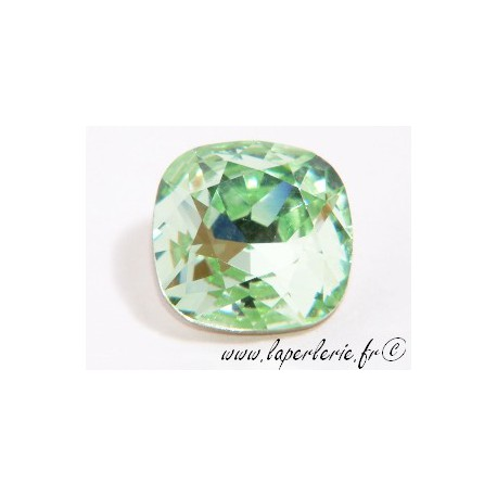 Square cabochon 4470 12mm CHRYSOLITE