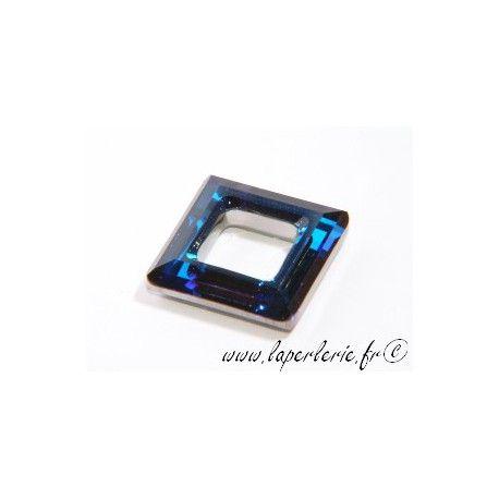 Carré évidé 4439 14mm CRYSTAL BERMUDA BLUE