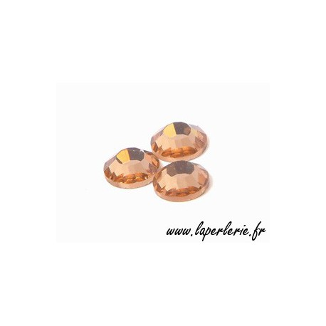 Strass para pegar 4mm LIGHT PEACH x30