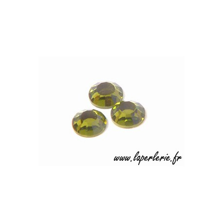 Strass à coller 4 mm OLIVINE x30