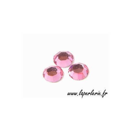 Stick-on strass 4mm ROSE x30