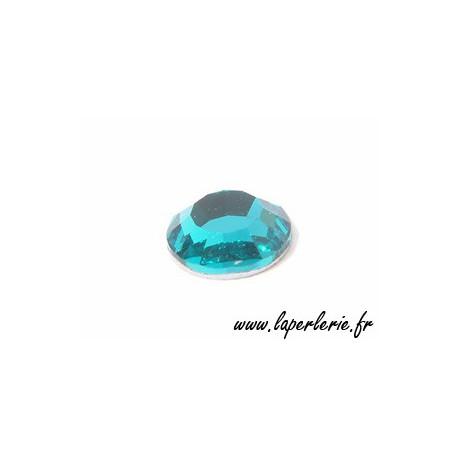 Strass à coller 6 mm BLUE ZIRCON x8